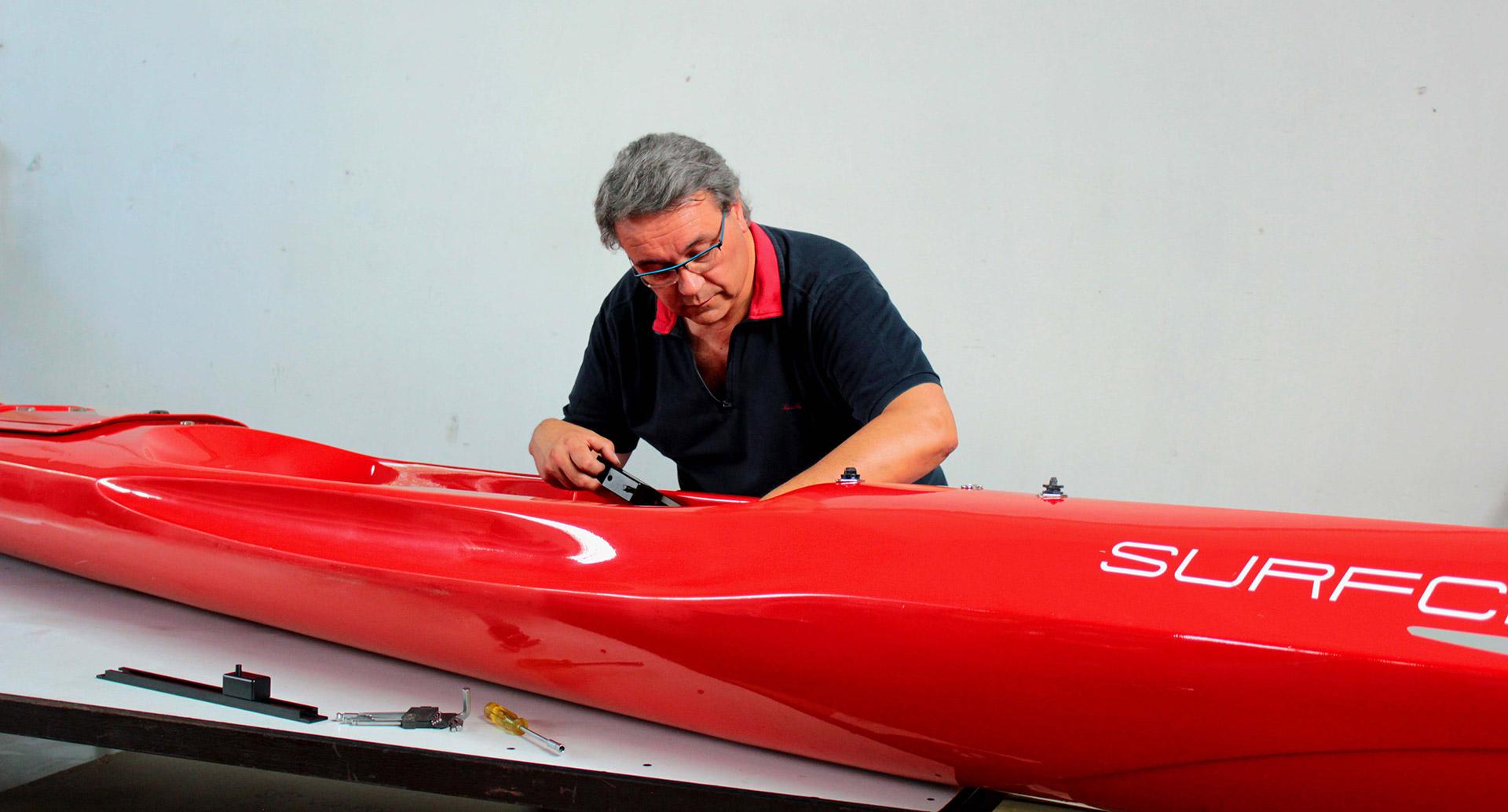 tecnico officina, cantiere nautico riparazioni manutenzioni sostituzioni per canoa kayak Surfcruise