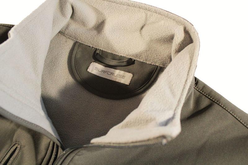 etichetta-giacca-grigia